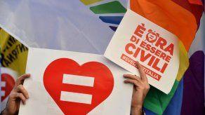 Condenan a un pastelero de Belfast por negarse a hacer tarta con un lema gay
