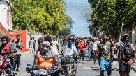 En esa reunión, la llamada comisión de la sociedad civil haitiana por la búsqueda de una solución haitiana a la crisis acordó defender la actual Constitución, de 1987, y elegir un jefe de Estado provisional.
