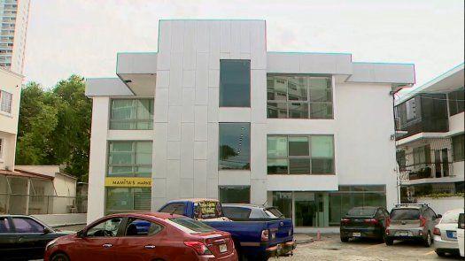 Edificio en Coco del Mar donde supuestamente se desarrolló una jornada de vacunación clandestina contra covid-19.