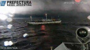 Argentina detiene pesca ilegal de buque chino pero no logra capturarlo