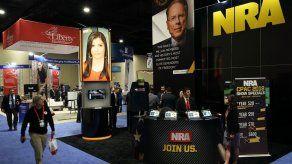 Delta y United rompen lazos con la NRA