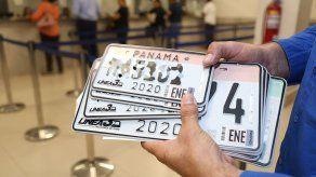 Aprueban en tercer debate proyecto que extiende por cinco años el uso de las placas vehiculares