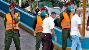 Activistas de Cuba denuncian impedimento para protestar por muerte de joven