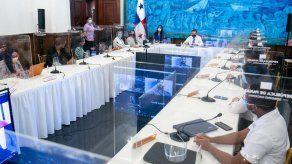 Presidente Cortizo y jóvenes abordan propuestas educativas del Diálogo del Bicentenario