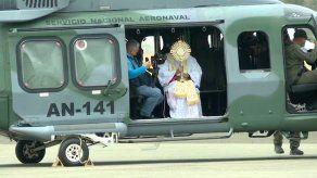 Iglesia Católica realiza sobrevuelo de bendición con el Santísimo Sacramento