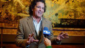 Carlos Vives recibe reconocimiento por iniciativa en su natal Santa Marta