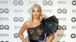 Rita Ora compra una mansión en Kósovo para sus padres