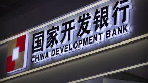 China: Cadena perpetua a expresidente del principal banco estatal por sobornos