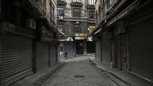 Las restricciones por la pandemia en Turquía, que fueron ampliadas a finales de abril.