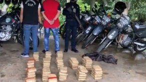 Aprehenden en Arraiján a sujeto que transportaba 75 paquetes de supuesta droga en un taxi