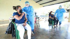 En la Comarca Ngäbe-Buglé serán vacunados contra covid-19 unos 1,324 docentes.