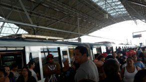 Metro de Panamá reinicia operaciones tras incidencia