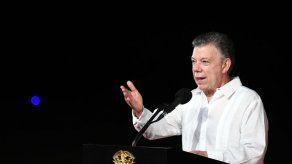 Santos publica declaración de renta tras figurar en los Papeles del Paraíso