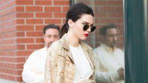 Kendall Jenner considera surrealista trabajar con Kaia Gerber