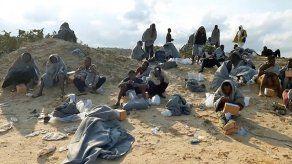 Cerca de 100 muertos en dos naufragios en un solo día frente a costas de Libia