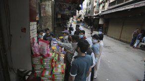La cuarentena en India vacía los platos de familias pobres