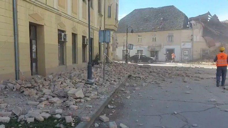Varios muertos, entre ellos una niña, y heridos tras sismo en Croacia