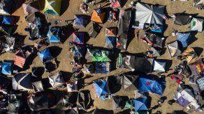 Los migrantes rezagados de la caravana
