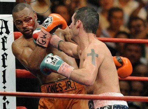 Calzaghe domina a Jones en veredicto unánime