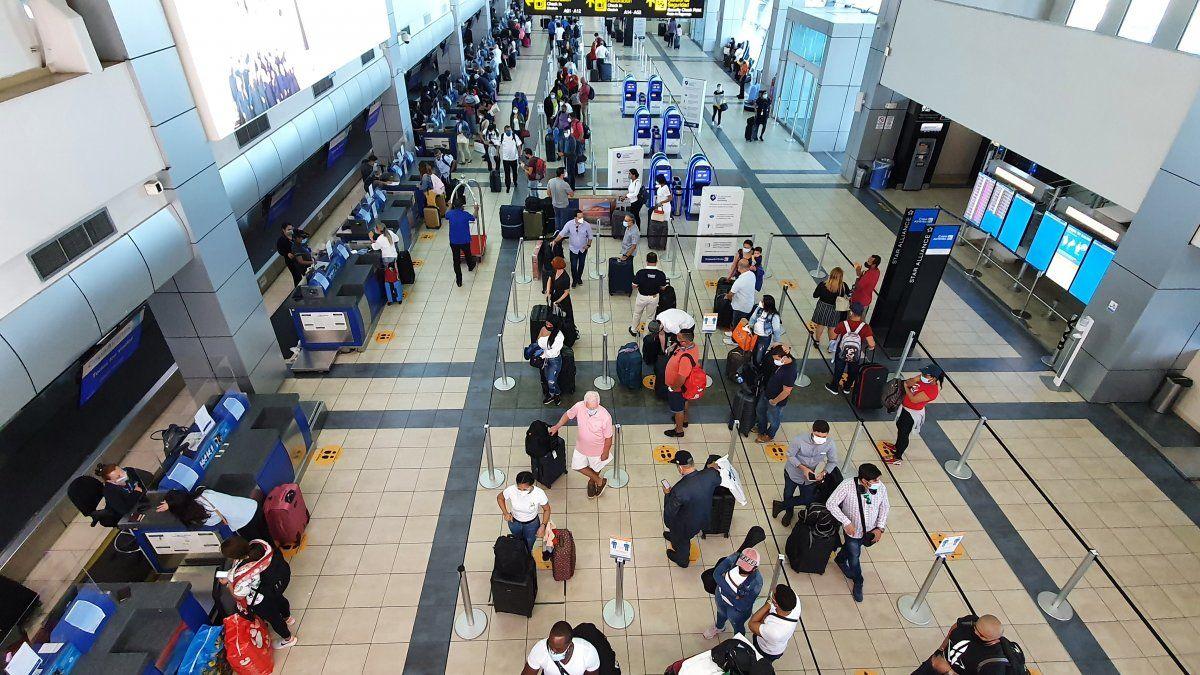 De acuerdo con la CCIAP, posponer el regreso gradual a clases semipresenciales y los recuentos de lo que se vive en el Aeropuerto Internacional de Tocumen, concluyen que la postura del Minsa ha primado sobre los argumentos de las demás instancias.