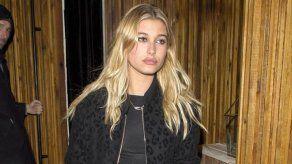 La modelo Hailey Baldwin presume al nuevo integrante de su familia