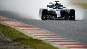 F1: Raikkonen domina pruebas con llantas de lluvia