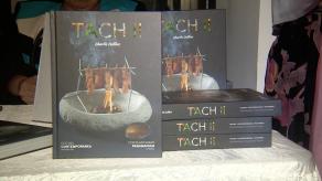 El chef Charlie Collins realizó el lanzamiento de su libro TACH II