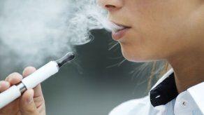 Suben a cinco las muertes relacionadas con el uso de cigarrillos electrónicos en EEUU