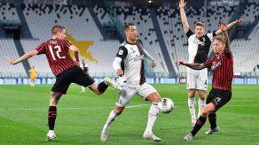 Juventus pasa a la final de Copa en el regreso del Calcio