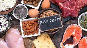 Dieta baja en proteínas y rica en hidratos