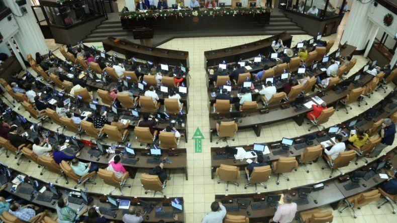 Parlamento de Nicaragua aprueba ley para excluir a opositores en elecciones