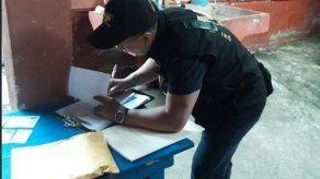 Detienen a 8 exfuncionarios guatemaltecos por robar 2