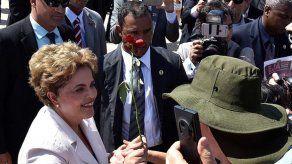 Colombia hace votos por estabilidad de Brasil tras suspensión de Rousseff