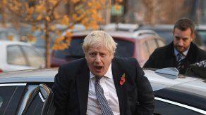 Partidos británicos se acusan de imprudencia financiera