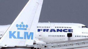 Pilotos de KLM aceptan recortes salariales