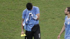 Otro amargo capítulo para Luis Suárez en Brasil