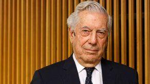 FIL Guadalajara recibe a Vargas Llosa