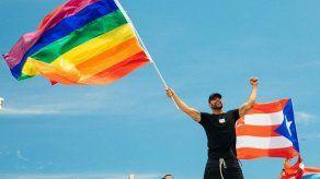 Ricky Martin dice vivir muy feliz tras admitir hace 10 años que es gay