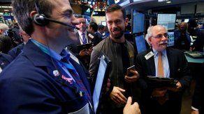Wall Street cierra casi en equilibrio en víspera de feriado en EEUU