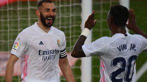 El Real Madrid gana 2-0 al Eibar y se sube al segundo puesto liguero