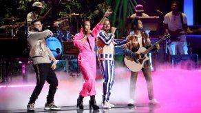 Los Latin Grammy preparan una gala marcada por el coronavirus y el reguetón