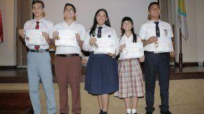 Estudiantes panameños competirán en Olimpiada de Astronomía y Astronáutica en Paraguay