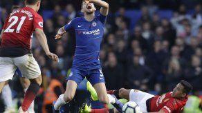Man U deja escapar victoria en último suspiro ante Chelsea