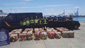 España captura dos barcos con 8 toneladas de cocaína con origen en Suramérica