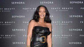 Rihanna ha fichado a Demi Lovato y Paris Hilton para su nuevo desfile de lencería
