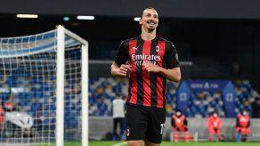 Zlatan Ibrahimovic renueva contrato con el Milan hasta 2022