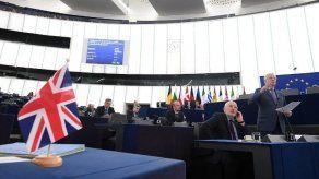 Diputados británicos aprueban pedir a la UE un aplazamiento del Brexit