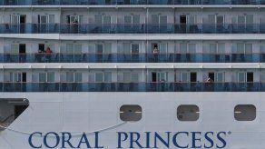 Crucero Coral Princess con dos muertos y varios enfermos de COVID-19 atraca en Miami