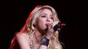 Shakira vuelve al estudio de grabación
