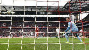 Bayern golea a Colonia y recupera cima de la Bundesliga